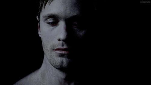 alexander skarsgard, Eric Northman wakes up (Alexander Skarsgård, True Blood) GIFs