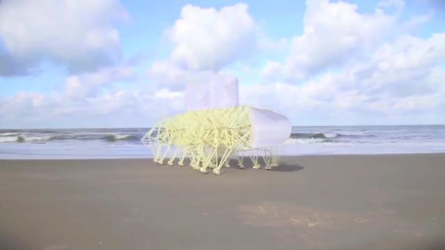 Watch STRANDBEEST EVOLUTION 2017 GIF on Gfycat. Discover more beach beast, beach beasts, beach beest, strandbeast, strandbeasts, strandbeest, strandbeesten, strandbeests, theo jansen, theo janssen GIFs on Gfycat