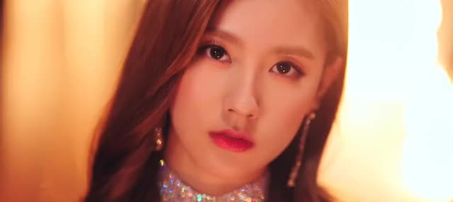 Watch and share Cho Miyeon GIFs and Gidle GIFs by SaeArtz on Gfycat