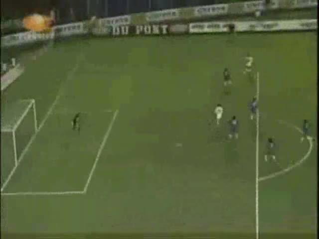 Watch and share Golazo De Jorge Campos Al  Atlante Temporada 1993-94 J 37 GIFs on Gfycat