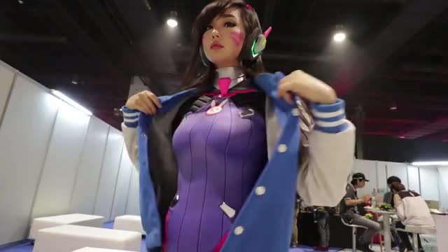 Watch D.Va gets ready (Alodia Gosiengfiao) GIF by @northcackbora on Gfycat. Discover more alodia, apcc, comiccon, comicon, cosplay, dva, gosiengfiao, jin joson, manila, overwatch GIFs on Gfycat