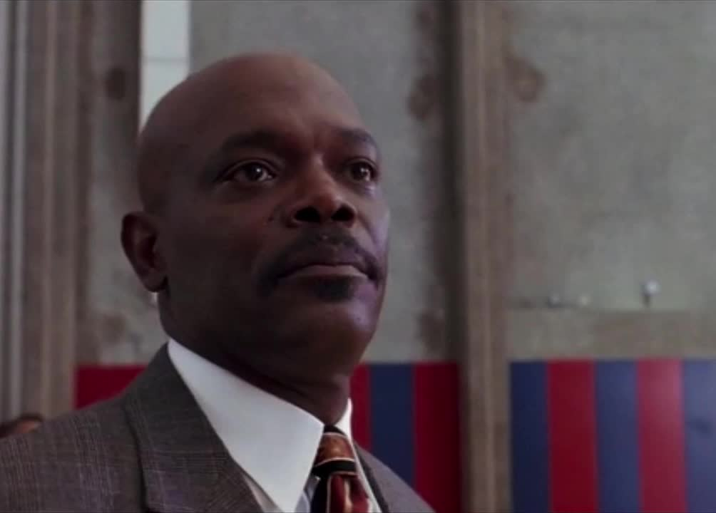 celebs, coach carter, disappointed, disappointment, disapprove, disapprovement, head shake, no, samuel l jackson, samuel l. jackson, shake, shake head, smh, Coach Carter - Disappointed no shake GIFs
