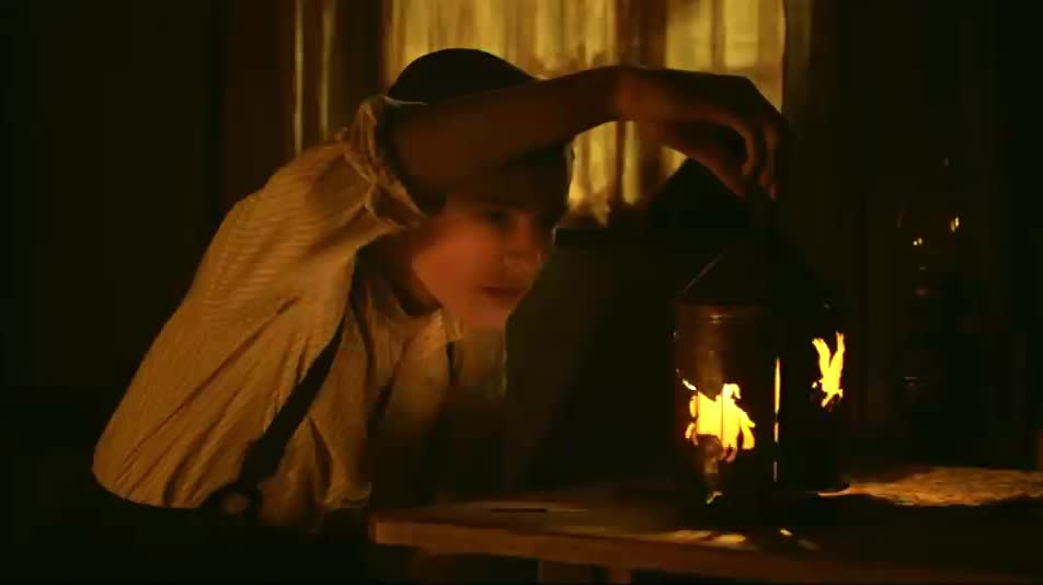 around, author, awesome, beautiful, candle, child, fire, impressive, kid, light, like, magic, movie, play, round, spin, tada, this, tolkien, turn, TOLKIEN  GIFs