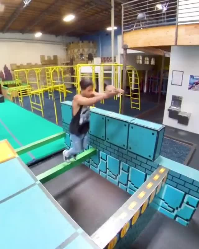 Watch and share Tempest Freerunning GIFs and Parkourlife GIFs by notmyproblem on Gfycat