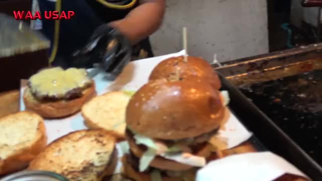 Watch and share Street Food GIFs and Fast Food GIFs by Queueing on Gfycat
