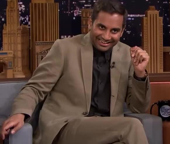 Aziz, Aziz Ansari, LOL, Aziz Ansari LOL GIFs