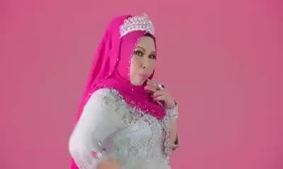 I AM Me - Dato Seri Vida (Official Lirik Video)