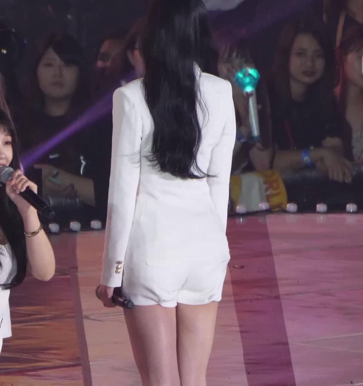celebs, kpop, sana, twice, Apink Naeun Bonus GIFs