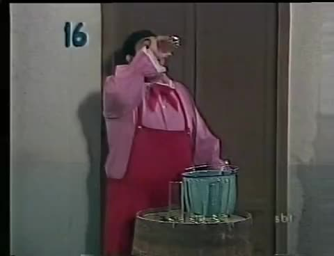 Chaves - Sucos do Chaves GIFs