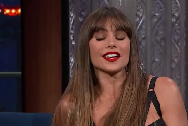 Watch this sofia vergara GIF by GIF Queen (@ioanna) on Gfycat. Discover more funny, ha, hilarious, joke, laugh, lol, sofia, sofia vergara, vergara GIFs on Gfycat