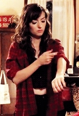 1k, 5k, c*, carmilla, carmilla karnstein, carmillaedit, danny lawrence, eyy first set of the year, laura hollis, mine, midriff appreciation GIFs