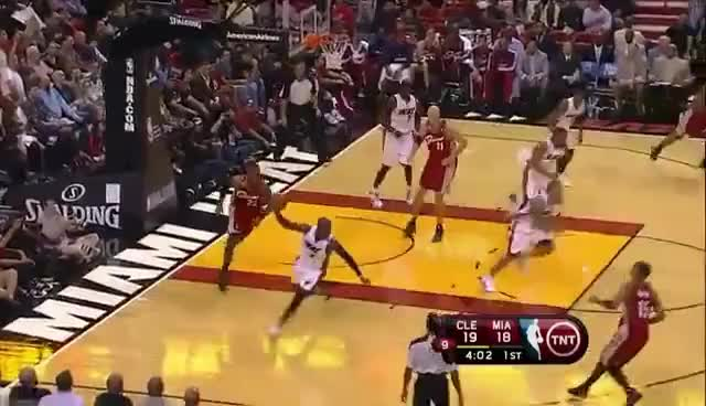 Watch and share Varejao GIFs and Dunks GIFs on Gfycat