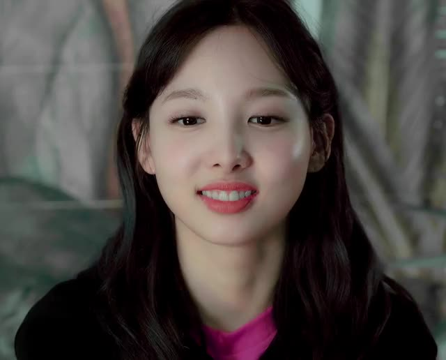 Watch and share Cutie Nayeon Smile GIFs by Ahrigato on Gfycat