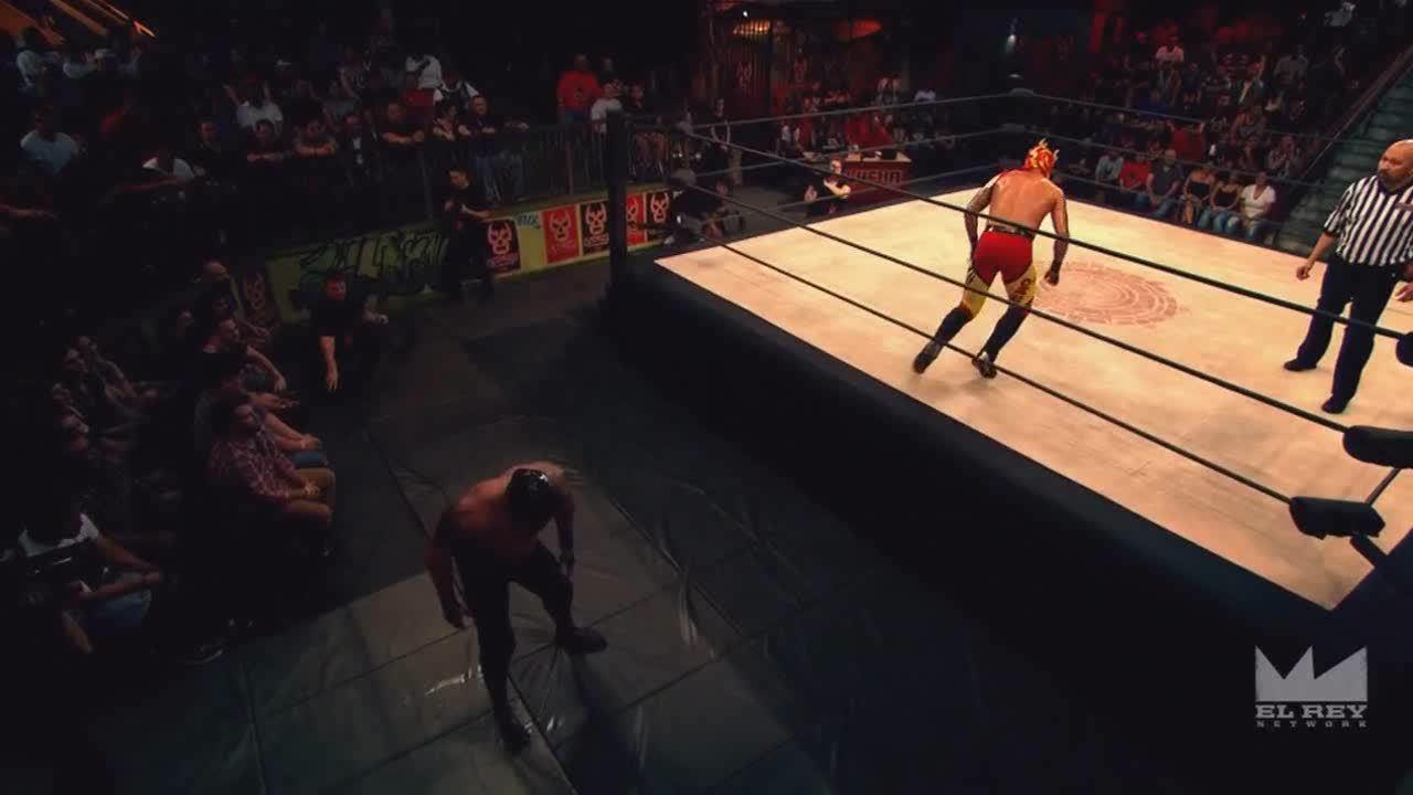 LuchaUnderground, SquaredCircle, luchaunderground, Lucha Underground - Mil Muertes strikes down Fenix from his dive! GIFs