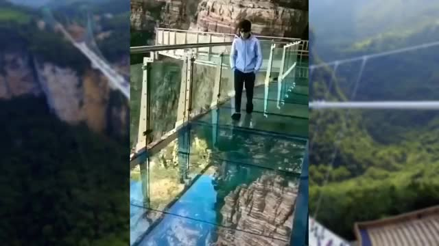 Watch China Glass Bridge - Crack Effect GIF on Gfycat. Discover more 2017, Bridge, China, Funny, Videos, chaina bridge, funny videos, glass, glass bridge, jiaozhou bay bridge GIFs on Gfycat