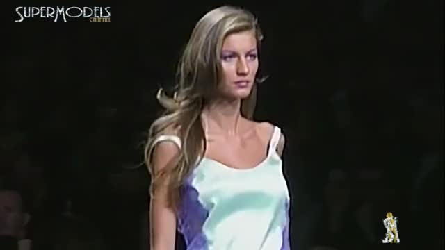 Watch and share Gisele Bundchen GIFs and Fashion GIFs by red on Gfycat
