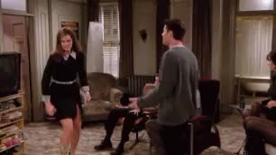 Watch 2x12 GIF on Gfycat. Discover more 2x12, chandler bing, courteney cox, dizi, friends, gif, jennifer aniston, joey tribbiani, matt leblanc, matthew perry, monica geller, rachel green, series, yabancı dizi GIFs on Gfycat