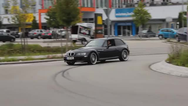 Watch and share Roadster GIFs and Coupe GIFs by yazure on Gfycat