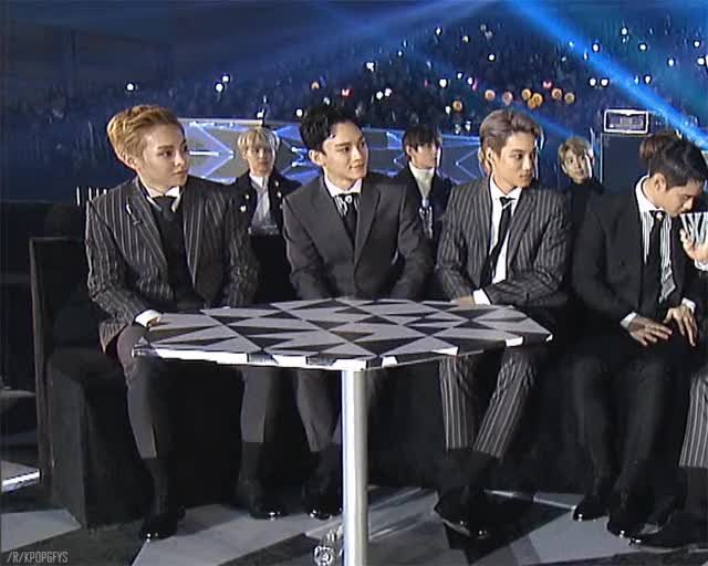 Watch exo GIF by The Angry Camel (@theangrycamel) on Gfycat. Discover more kpop, kpopgfys, theangrycamelgifs GIFs on Gfycat