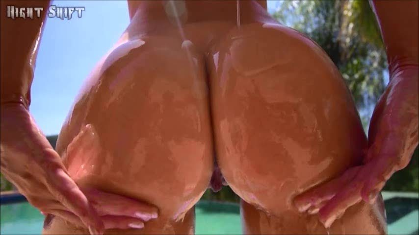 Sorry for the absence, busy past few months. Enjoy some slow-mo Ashley Fires ass