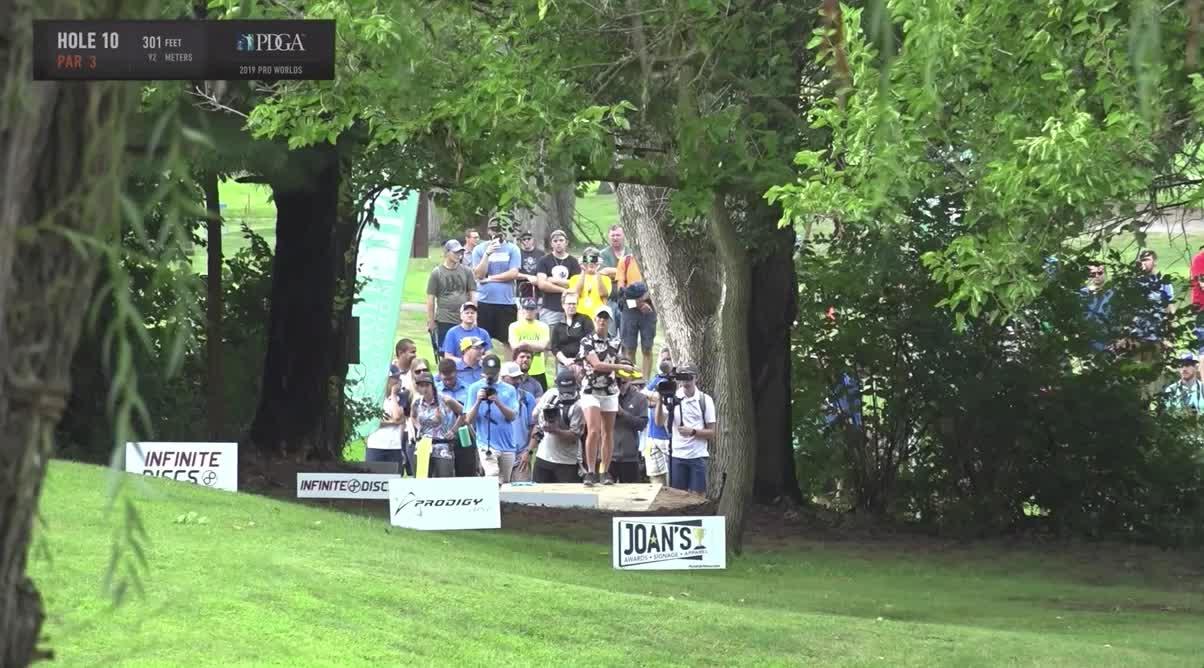 2019 Pro Worlds Final Round Sunset Hills Catrina Allen hole 10 drive GIFs