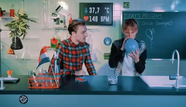 Watch and share Rens & Bastiaan Fly High On Nitrous Oxide (N20) | Drugslab GIFs on Gfycat