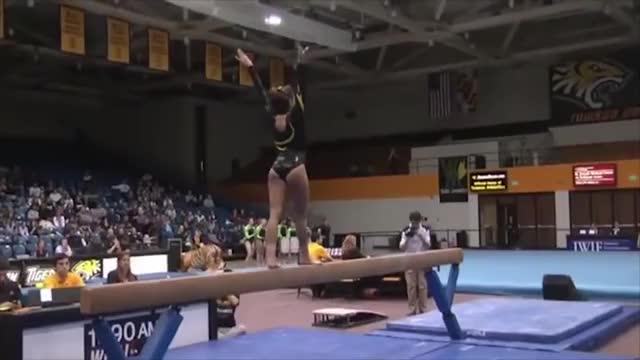 Kacy Catanzaro: Towson Gymnastics' Ninja Warrior