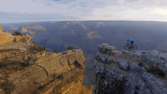 Hopping a Road Bike Around Rocks at the Grand Canyon (reddit