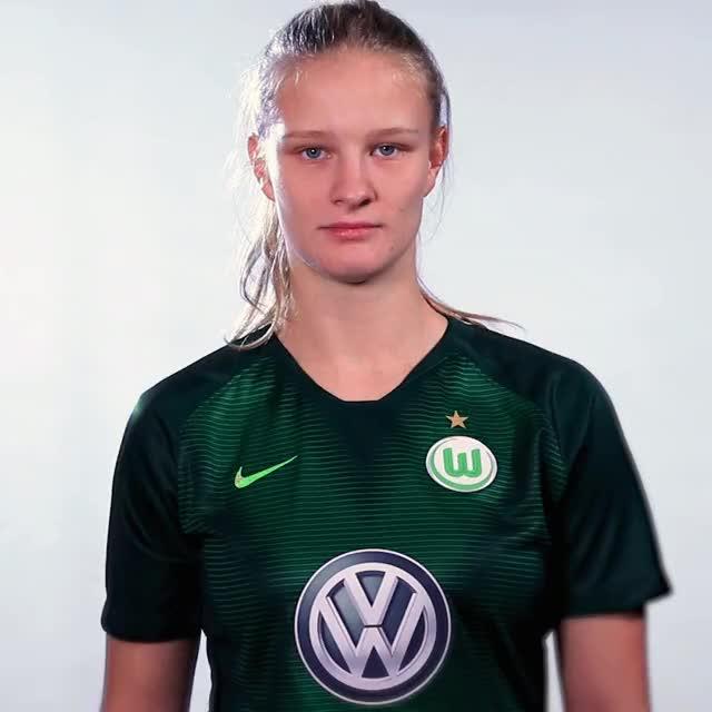 Watch and share 02 FlagSUI GIFs by VfL Wolfsburg on Gfycat