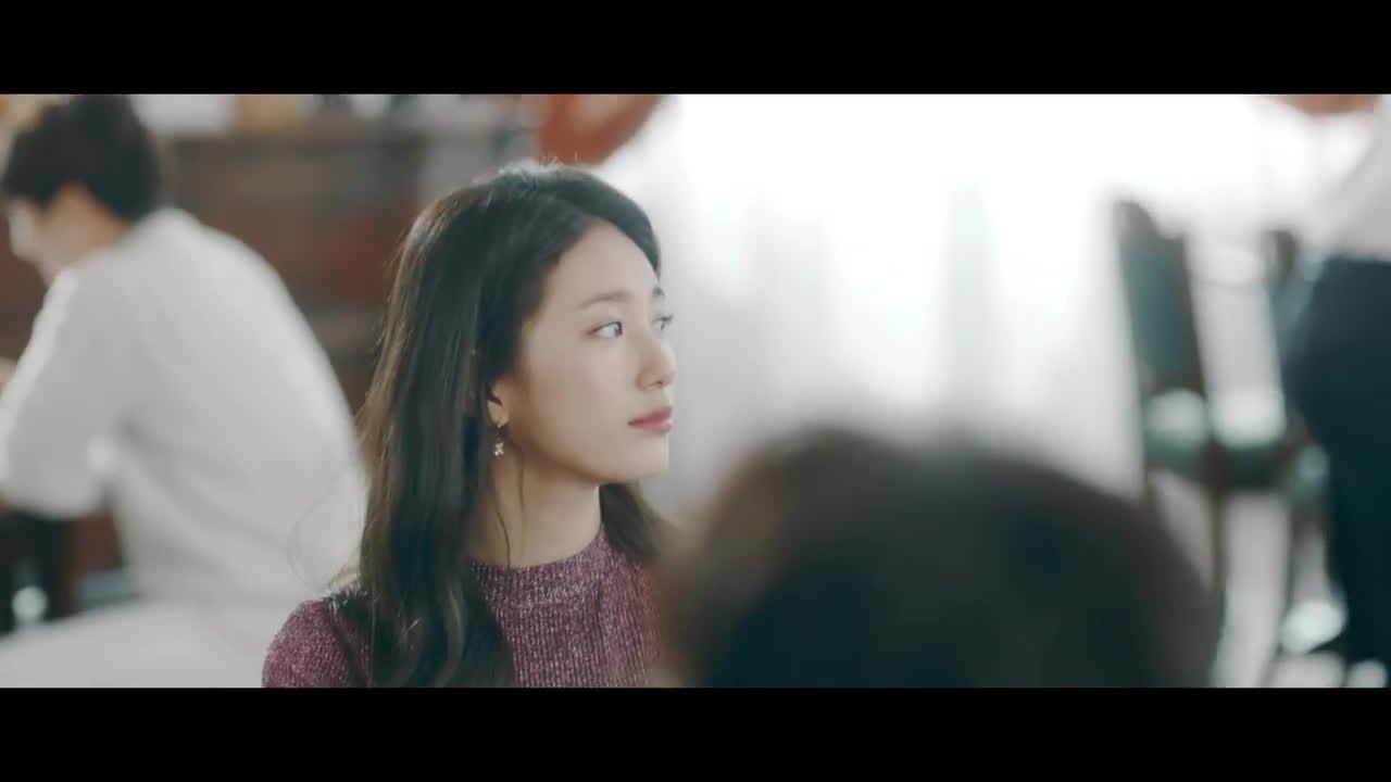 Hết Seohyun rồi đến Taeyeon, Suzy cứ đụng ầm ầm chẳng ngại ai