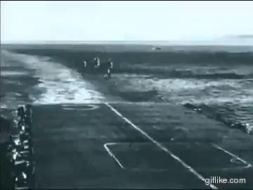 Watch Mosquito Carrier Landing GIF on Gfycat. Discover more warthunder GIFs on Gfycat