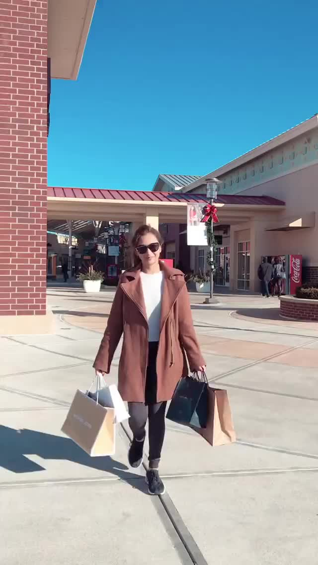 Watch and share Kimnicoleechano 2018-12-19 03:41:35.192 GIFs by Pams Fruit Jam on Gfycat
