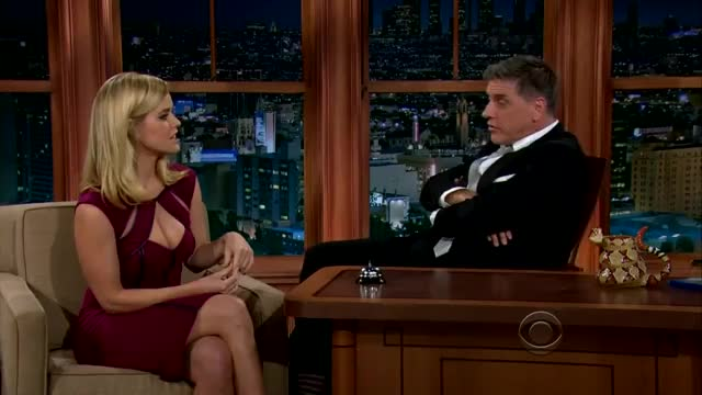 Watch Alice Eve GIF by @huntergreeny on Gfycat. Discover more Alice Eve, Celebs, Craig Ferguson, celebs GIFs on Gfycat