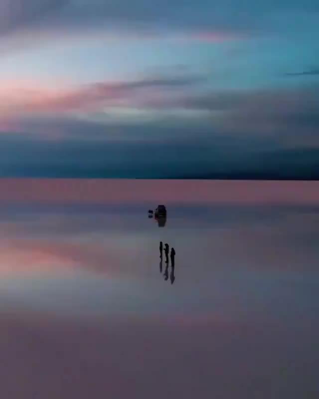 Watch and share Salar De Uyuni - Bolivia GIFs by longshanks on Gfycat