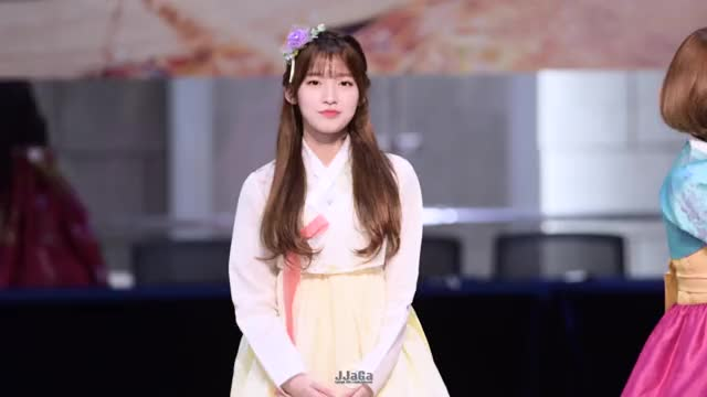 Watch Arin ohmygirl GIF by giyowo giyowo (@asepsuasep32) on Gfycat. Discover more arin, beautiful, cute, kpop, oh my girl, ohmygirl GIFs on Gfycat