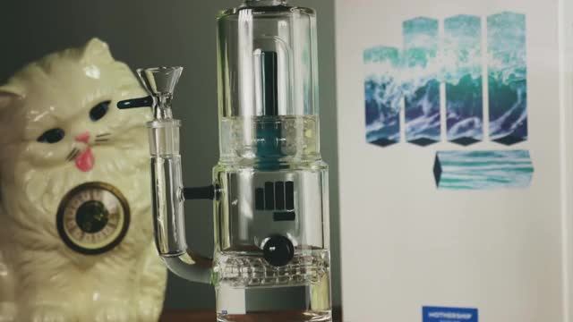 Watch and share Snoop-dogg-pounds-bong-new-vapporizers-at-vapor-nation-october-2017 GIFs on Gfycat