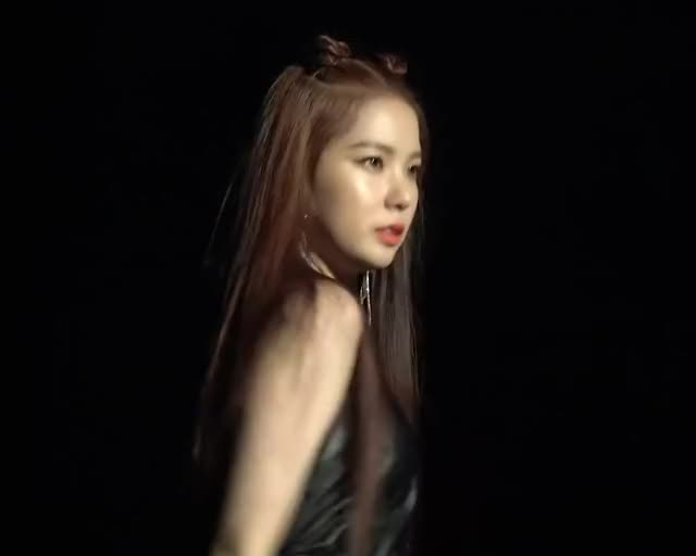 Watch and share Girl Group GIFs and Choi Yujin GIFs by Evandar on Gfycat