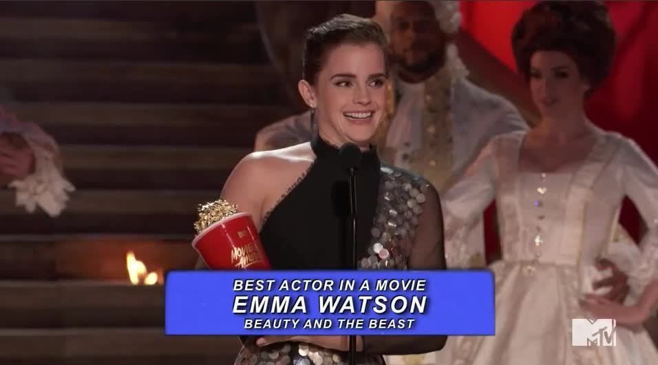 emma watson, mtv awards, mtv awards 2017, mtvawards, mtvawards2017, Emma wins MTV Awards 2017 GIFs
