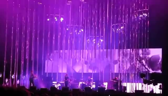 poznan, radiohead, radiohead poznan GIFs