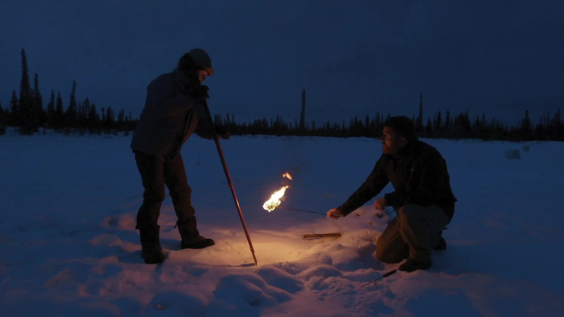PlayingWithFire, noisygifs, Igniting methane trapped under ice GIFs