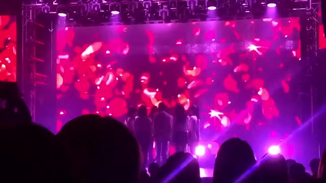 Watch and share Awte5auZjQpGJwbD Speed(2) Replay Replay Speed GIFs by izonefromis on Gfycat