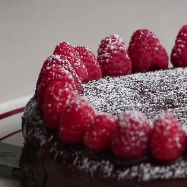 Watch and share Шоколадный Торт GIFs and Chocolate Cake GIFs by Ice Cream Goya 55009 on Gfycat
