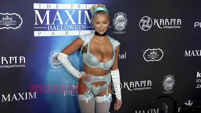 Watch this lindsey pelas GIF on Gfycat. Discover more Lindsey Pelas, lindsey pelas GIFs on Gfycat