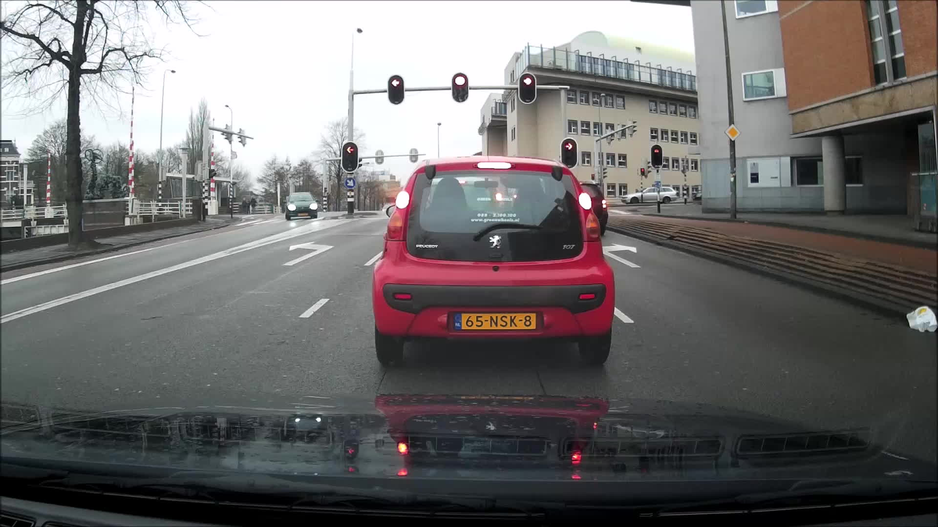 Roadcam, Intersections are hard GIFs