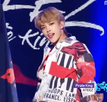 Watch and share Hongjoong GIFs and Ateez GIFs by 하지마.. on Gfycat