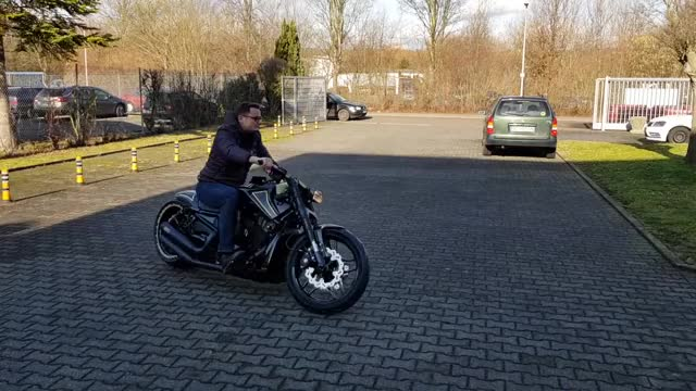 Watch this motorcycle GIF by GIFs For Everything (@jiffiergifss) on Gfycat. Discover more autos & vehicles, be amazed, bikebox24 gmbh, biketoberfest, crazy, daytona bike week, feels, good, happy dance, interesting, motorcycle, okay, omg GIFs on Gfycat