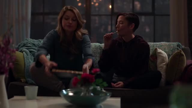 Watch and share Supergirl 4x04 - 01 - Kara, I've Got Your Back GIFs by Crankrune on Gfycat