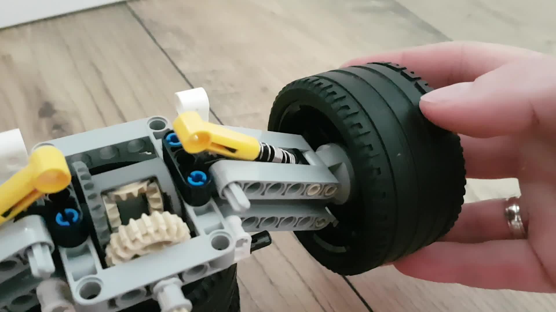 42096, 911, lego, porsche, LEGO 42096 Porsche 911 RSR GIFs