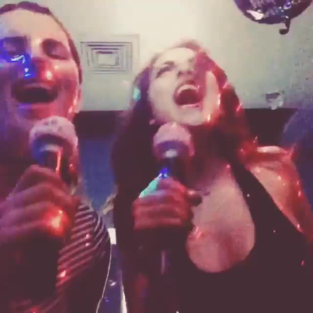 lizgillies, Karaoke with Friend (reddit) GIFs
