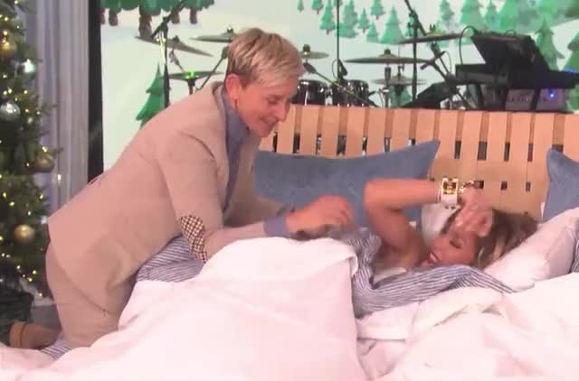 Watch this jennifer lopez GIF by GIF Queen (@ioanna) on Gfycat. Discover more bed, blanket, comfy, degeneres, dreams, ellen, exhausted, givaways, go, good, goodnight, jennifer, jlo, lopez, night, sleep, sweet, tight, tired, to GIFs on Gfycat